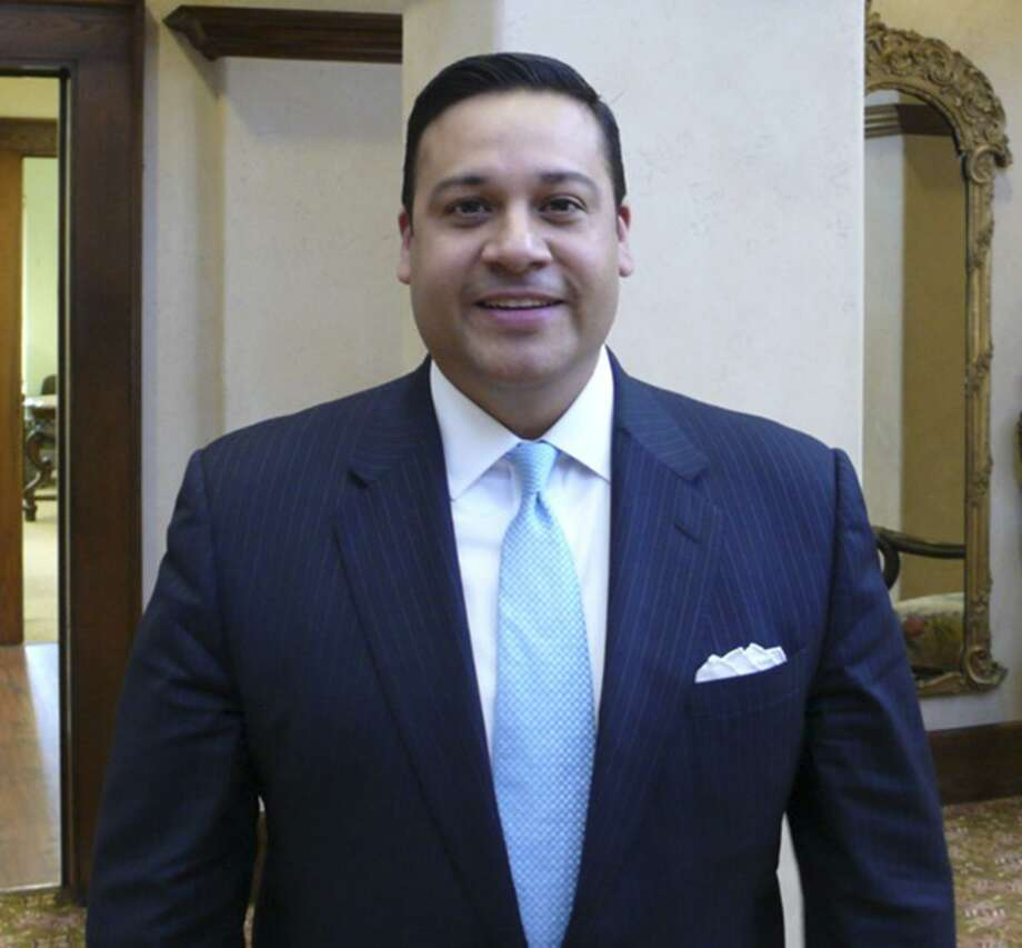 State Rep. Jason Villalba, R-Dallas, is proposing a bill about organ donation. Photo: John W. Gonzalez /San Antonio Express-News / San Antonio Express-News