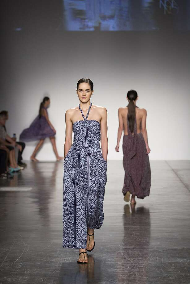 Joan Simon Smoyers'  Noa Noa collections for women and men appeared in the Live Aloha island designers showcase at the 2016 Honolulu Fashion Week. Photo: Honolulu Fashion Week