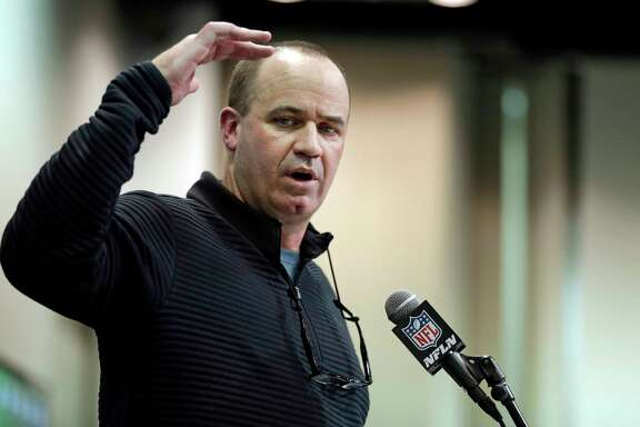 Texans coach Bill O'Brien didn't say he's had it up to here with QB talk, but he wasn't saying much at the NFL combine.