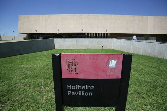 """The family of late county judge Roy Hofheinz on Wednesday filed a petition seeking to require the University of Houston to """"honor its original agreement"""" and keep the school's basketball arena named Hofheinz Pavilion Wednesday, May 4, 2016, in Houston. ( Steve Gonzales  / Houston Chronicle  )"""
