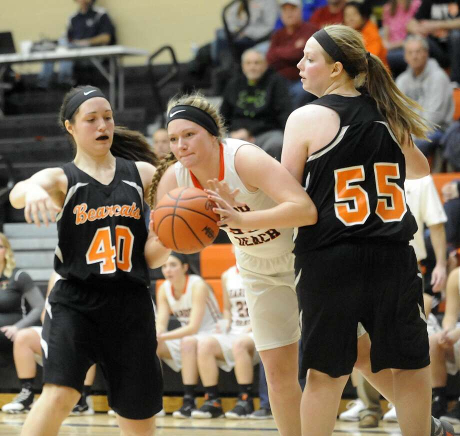 Harbor Beach 47, Ubly 32EPBP 34, Cass City 31 Photo: Seth Stapleton/Huron Daily Tribune