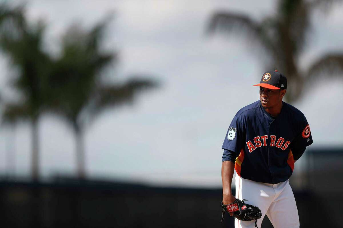 Houston Astros relief pitcher Tony Sipp (29) throws during spring training at The Ballpark of the Palm Beaches, in West Palm Beach, Florida, Monday, February 20, 2017. ( Karen Warren / Houston Chronicle )