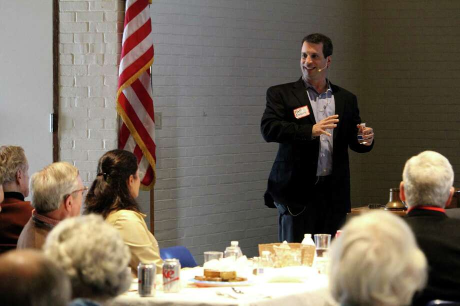 Matt Eakin, executive vice president of Mountainside Treatment Center, speaks about the effect of the opioid crisis on seniors at the weekly Wilton Kiwanis Club lunch and talk on Wednesday. Photo: Stephanie Kim / Hearst Connecticut Media