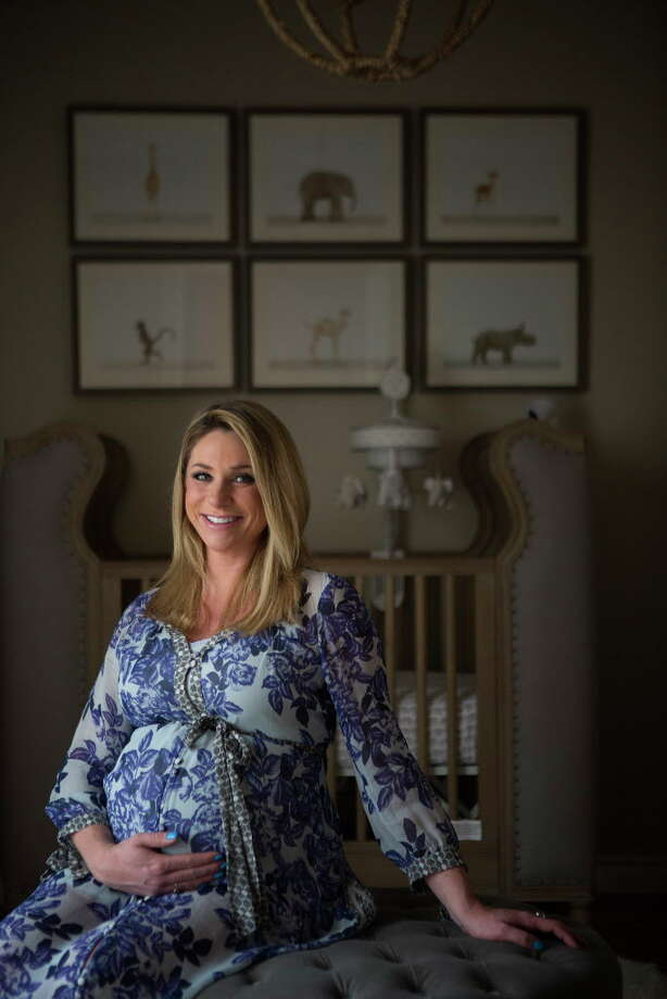 Chita Craft is making final preparations for the birth of her and Lane's son, Les William Craft, inside their Houston home Wednesday, March 1, 2017. Wednesday was the baby's due date. Photo: Mark Mulligan, Houston Chronicle / © 2017 Houston Chronicle