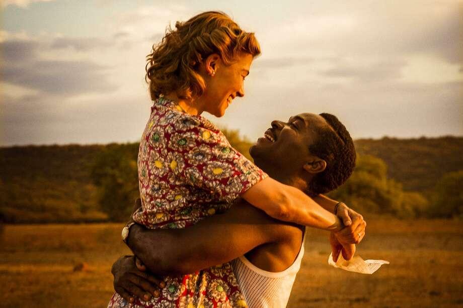 "David Oyelowo as Seretse Khama and Rosamund Pike as Ruth Williams in ""A United Kingdom."" Photo: Fox Searchlight Pictures / © 2017 Twentieth Century Fox Film Corporation"
