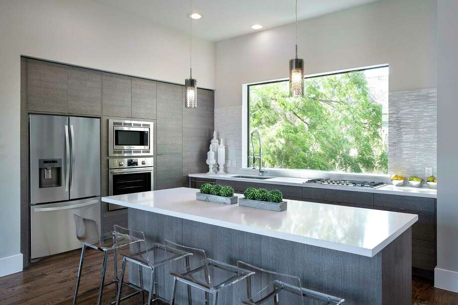 This Clean And Classic Style Contemporary Kitchen Includes Frameless  Cabinets. Photo: Courtesy Of