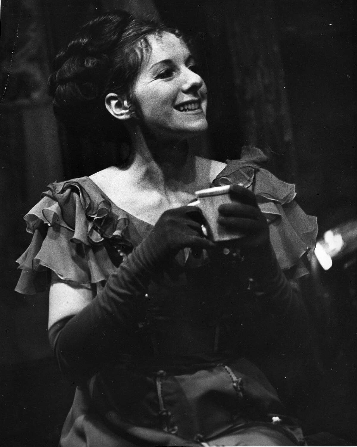 Joy Carlin, in a production of The Tavern, with the American Conservatory Theatre Photo dated 2/23/1972 Handout photo taken by William Ganslen