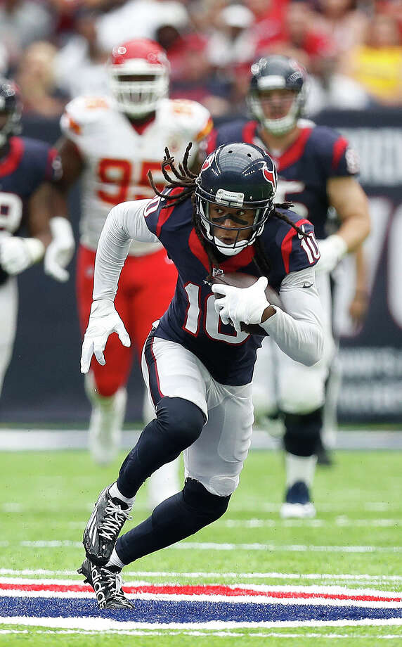 The Texans hope to work out a contract extension with DeAndre Hopkins. Photo: Karen Warren, Staff Photographer / 2016 Houston Chronicle