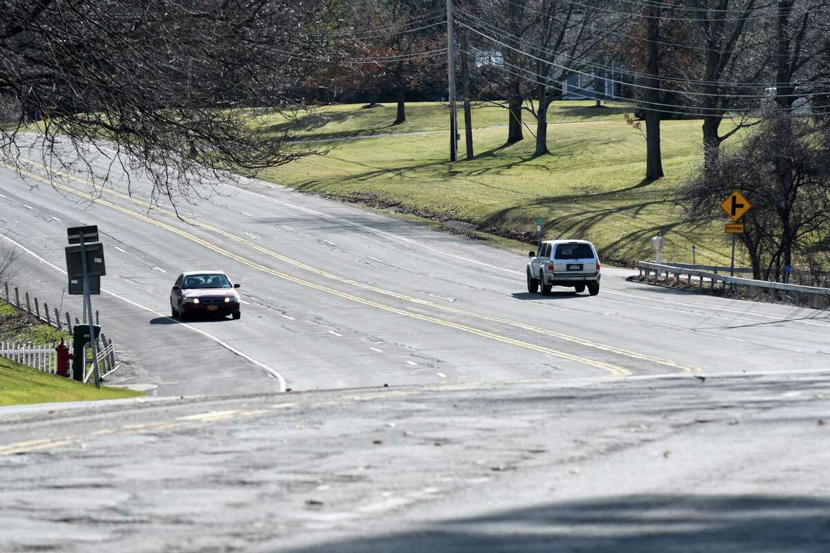 Van Rensselaer Boulevard on Thursday, March 2, 2017, in Menands, N.Y. State DOT plans to remake Van Rensselaer Boulevard, reducing it from four lanes to two with a center turning lane and wider shoulders for bicycles and pedestrians. A pedestrian was struck and killed there in December 2015. (Will Waldron/Times Union)