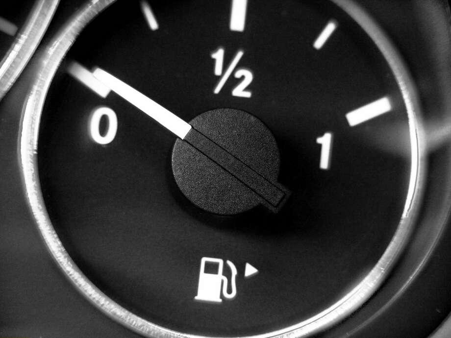 Fuel gauge. Photo: Ullstein Bild/ullstein Bild Via Getty Images