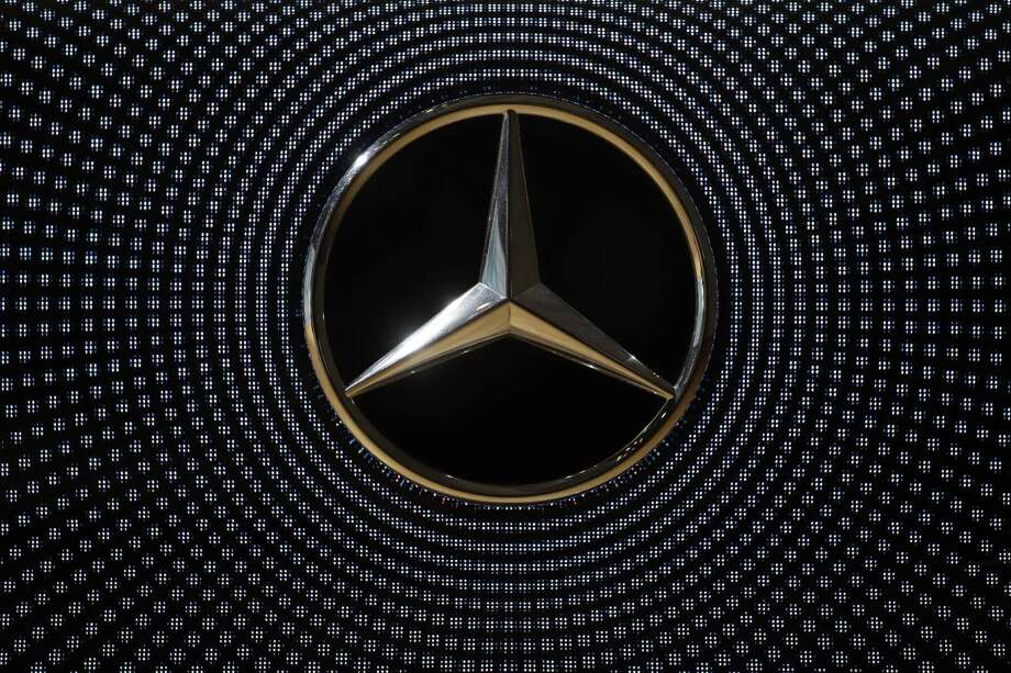 Mercedes is recalling about 1 million cars and SUVs worldwide because a starter part can overheat and cause fires. Photo: Matthias Schrader /Associated Press / AP