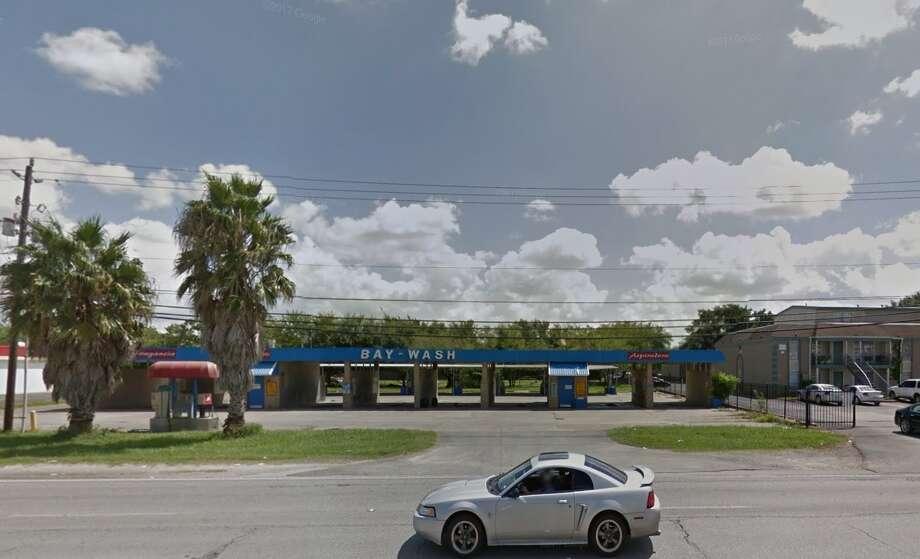 Block Earth Texas : Pasadena pd investigating murder of man found at abandoned