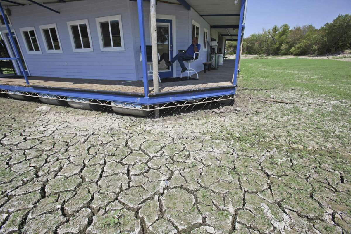 A drought took a toll in Texas, as this 2011 photo from Benbrook Lake shows. The drought is over, yet water fights are raging. There would be no shortage under a free market approach to groundwater.