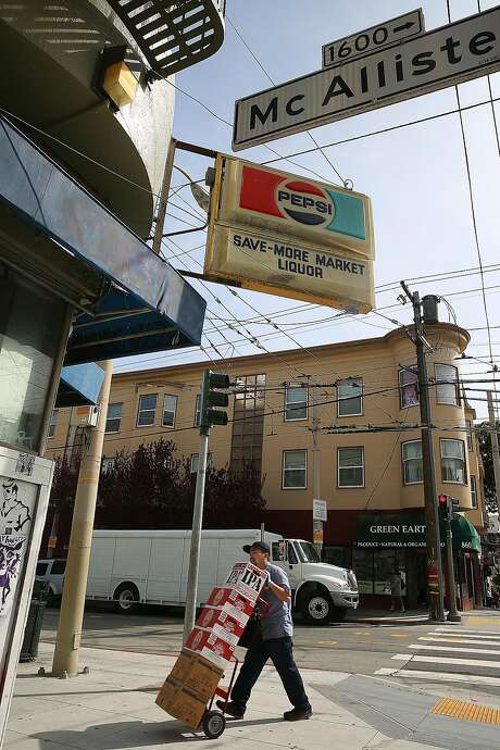 Sam Salfiti's corner store, Save-More Market, on Divisadero and McAllister. Photo: Liz Hafalia, The Chronicle