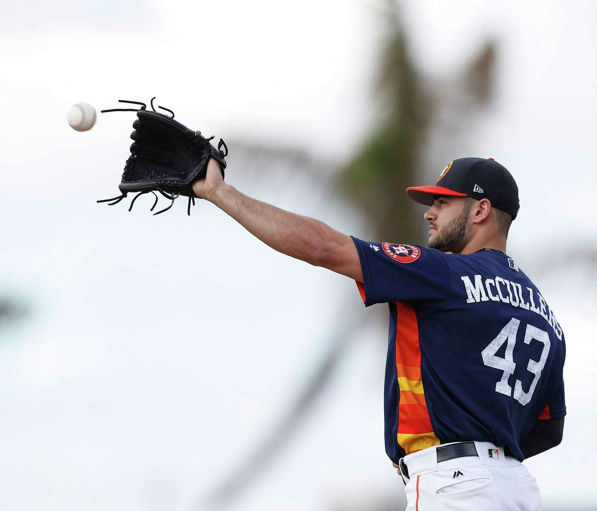 While throwing 43 pitches in Saturday's simulated game, Lance McCullers got his velocity up to the 93-95 mph range.