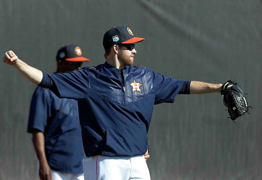 Collin McHugh will throw his first bullpen session off a mound today, with hopes of soon progressing to live batting practice and then a Grapefruit League start. He is optimistic he'll be in the opening-day rotation. Photo: Karen Warren, Staff Photographer / 2017 Houston Chronicle