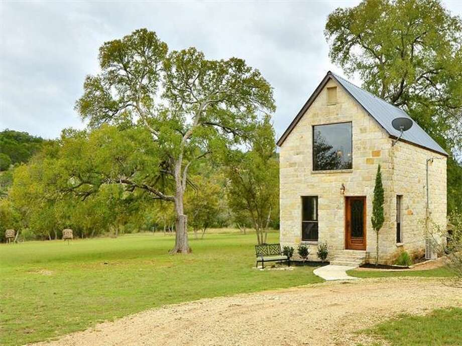 Cozy Cottage In Dripping Springs Near Austin Comes With
