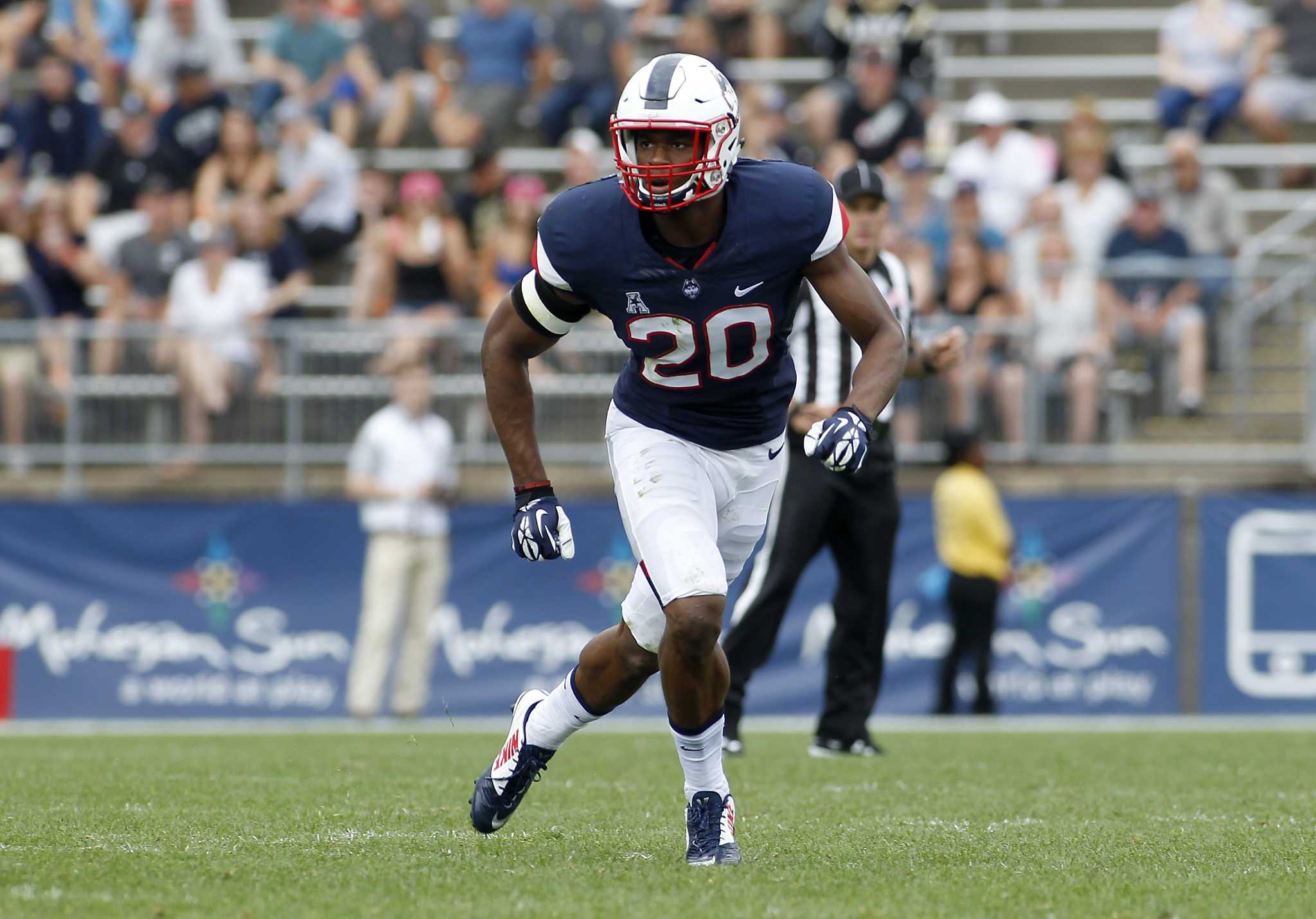 2dd2f2571 Rising UConn corner-safety Obi Melifonwu visits a dozen NFL teams - Houston  Chronicle