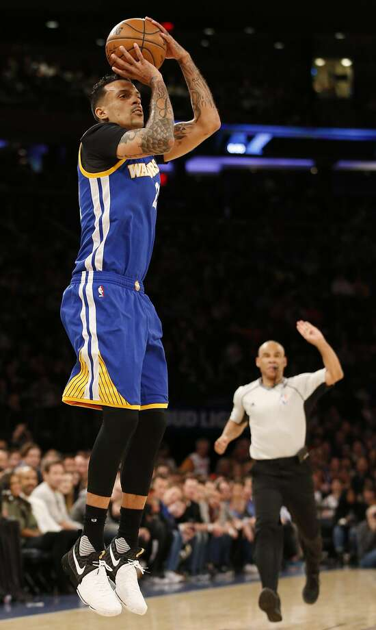 Golden State Warriors forward Matt Barnes shoots in the first half of an NBA basketball game at Madison Square Garden in New York, Sunday, March 5, 2017. (AP Photo/Kathy Willens) Photo: Kathy Willens, Associated Press