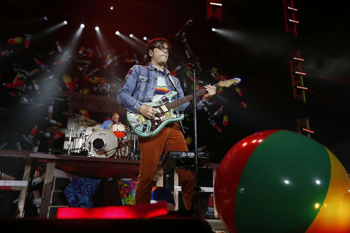 Weezer performs at the Cynthia Woods Mitchell Pavilion Friday, June 10, 2016, in The Woodlands. ( Karen Warren / Houston Chronicle )