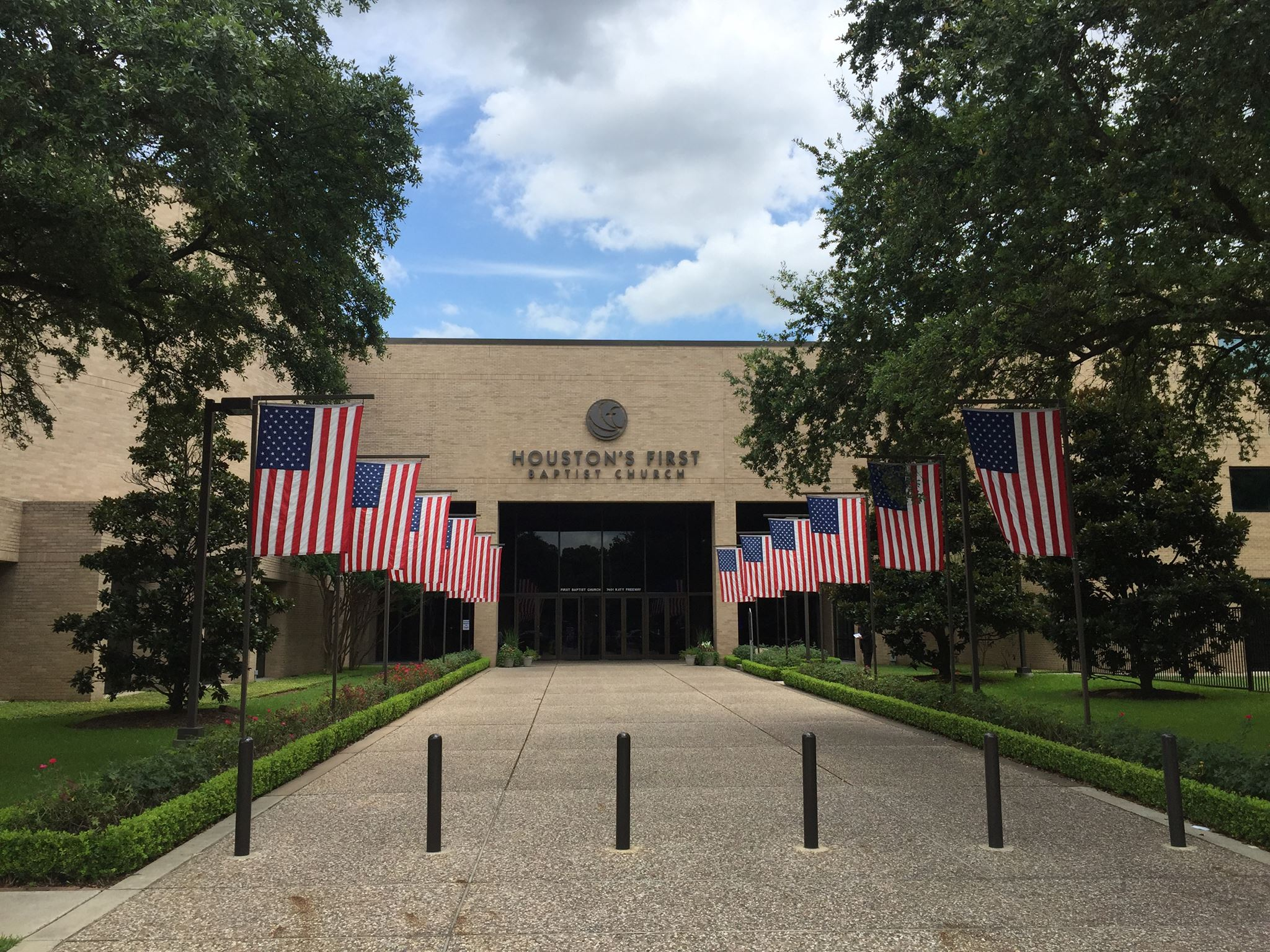 Houston S First Baptist To Acquire Space Downtown San