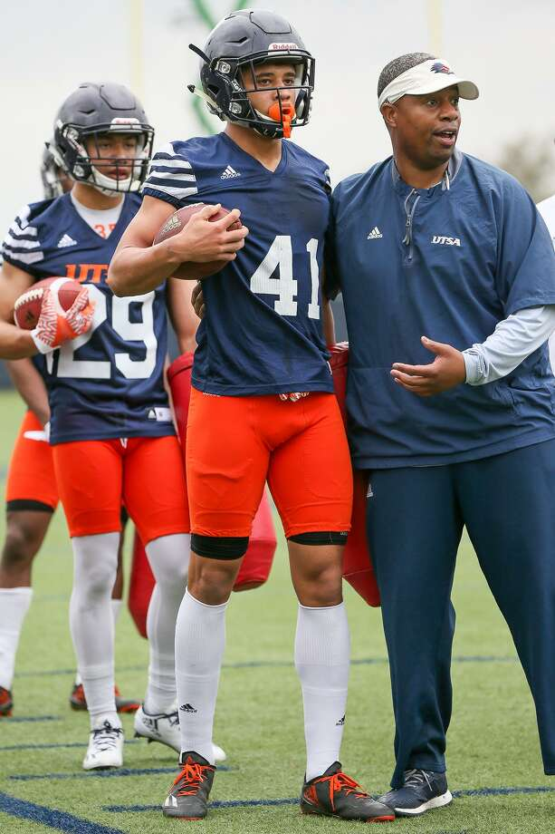 UTSA cornerback Austin Jupe (41) during the opening day of spring practice on Monday, March 6, 2017.  MARVIN PFEIFFER/ mpfeiffer@express-news.net Photo: Marvin Pfeiffer, Staff / San Antonio Express-News / Express-News 2017