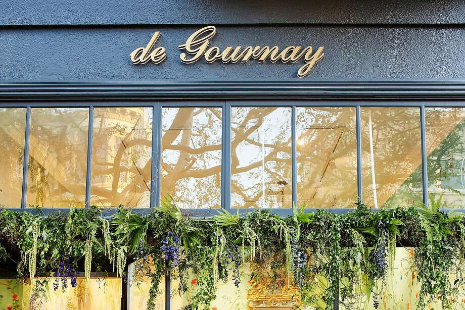 The well-known interior brand de Gournay, which specializes in handpainted wallpaper, fabrics, furniture and porcelain, has opened a showroom at 3681-A Sacramento St., S.F. Photo: De Gournay