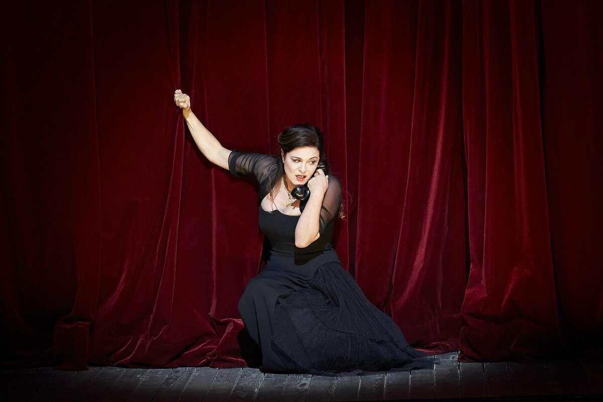 """Soprano Anna Caterina Antonacci performs Poulenc's """"La Voix humaine"""""""