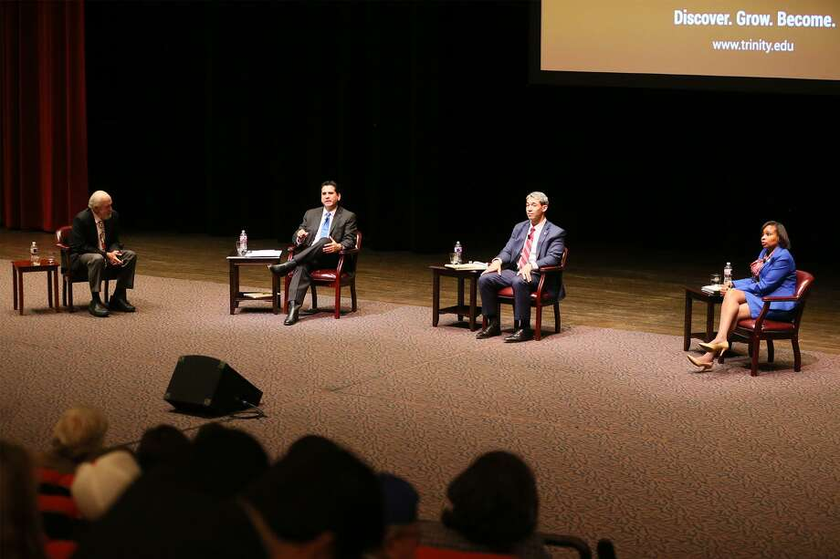 during a debate between Mayor Ivy Taylor and her two main challengers, Councilman Ron Nirenberg and Bexar Democratic Chair Manuel Medina at Laurie Auditorium on the campus of Trinity University on Monday, March 6, 2017.  Rick Casey moderated the debate.  MARVIN PFEIFFER/ mpfeiffer@express-news.net Photo: Marvin Pfeiffer, Staff / San Antonio Express-News / Express-News 2017