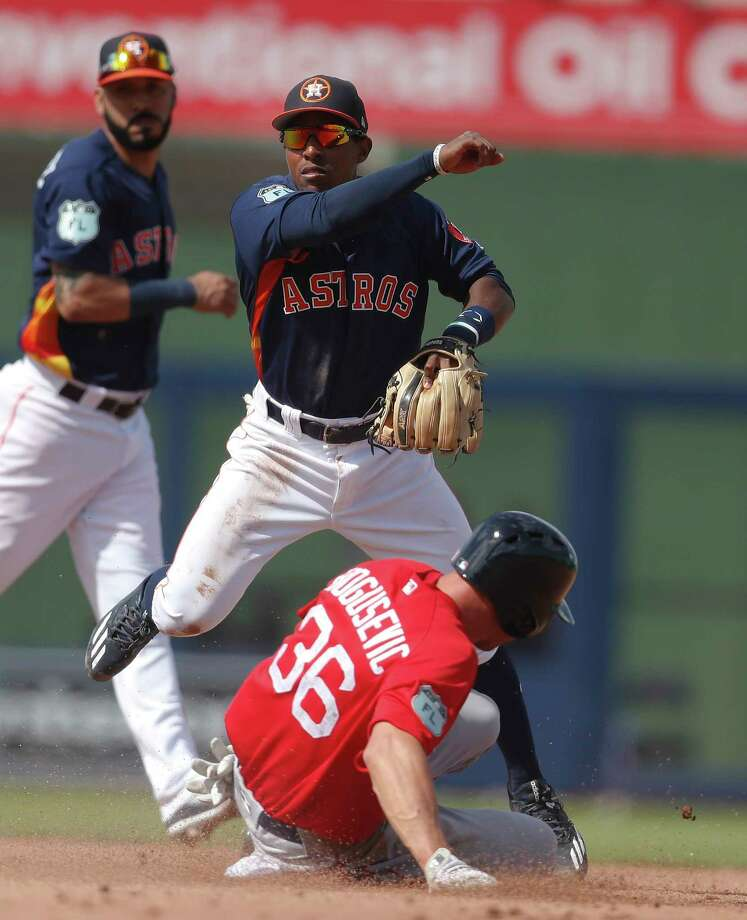 Tony Kemp will replace Teoscar Hernandez on the Astros' active roster after Hernandez was injured in a collision with Jose Altuve on Tuesday. Photo: John Bazemore, STF / Copyright 2017 The Associated Press. All rights reserved.