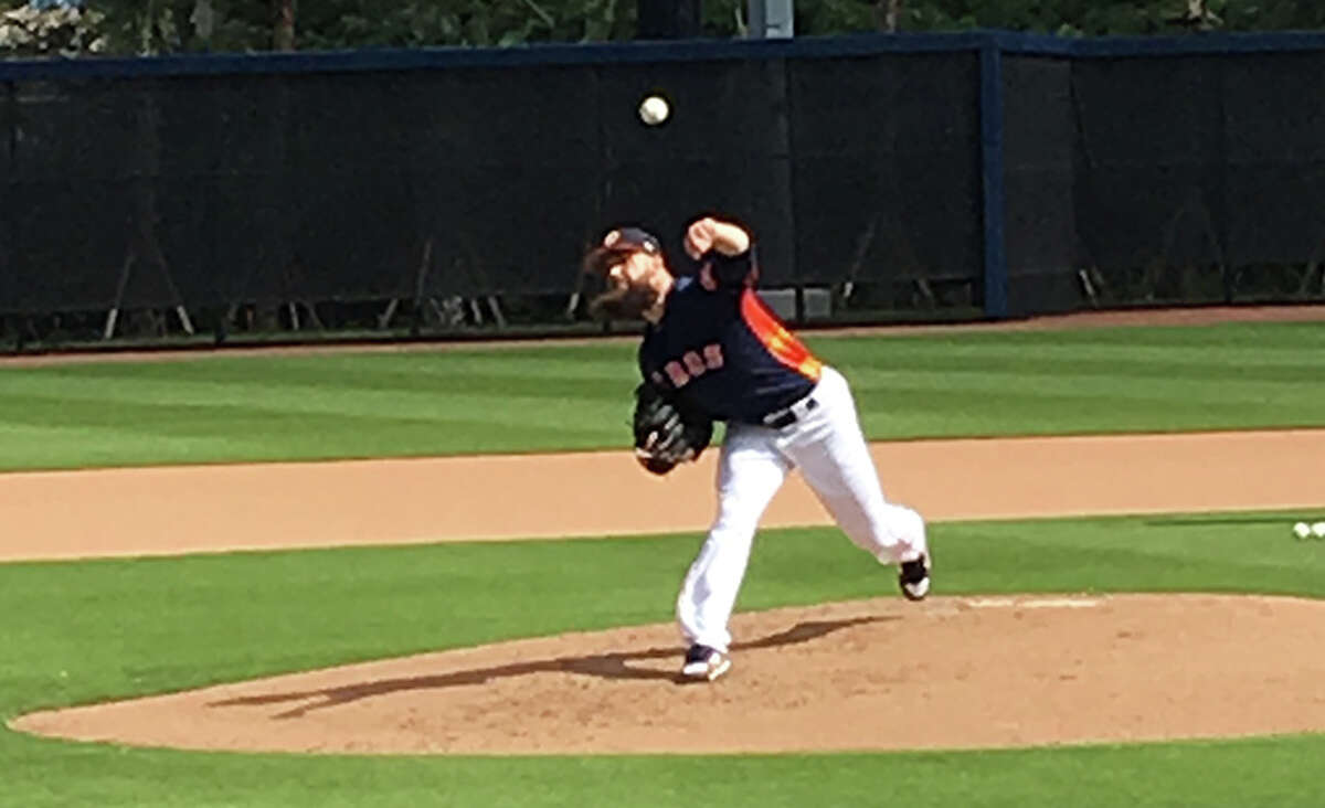 Dallas Keuchel threw 39 pitches over two-plus innings of a simulated game Tuesday at the Astros' spring training comlex.