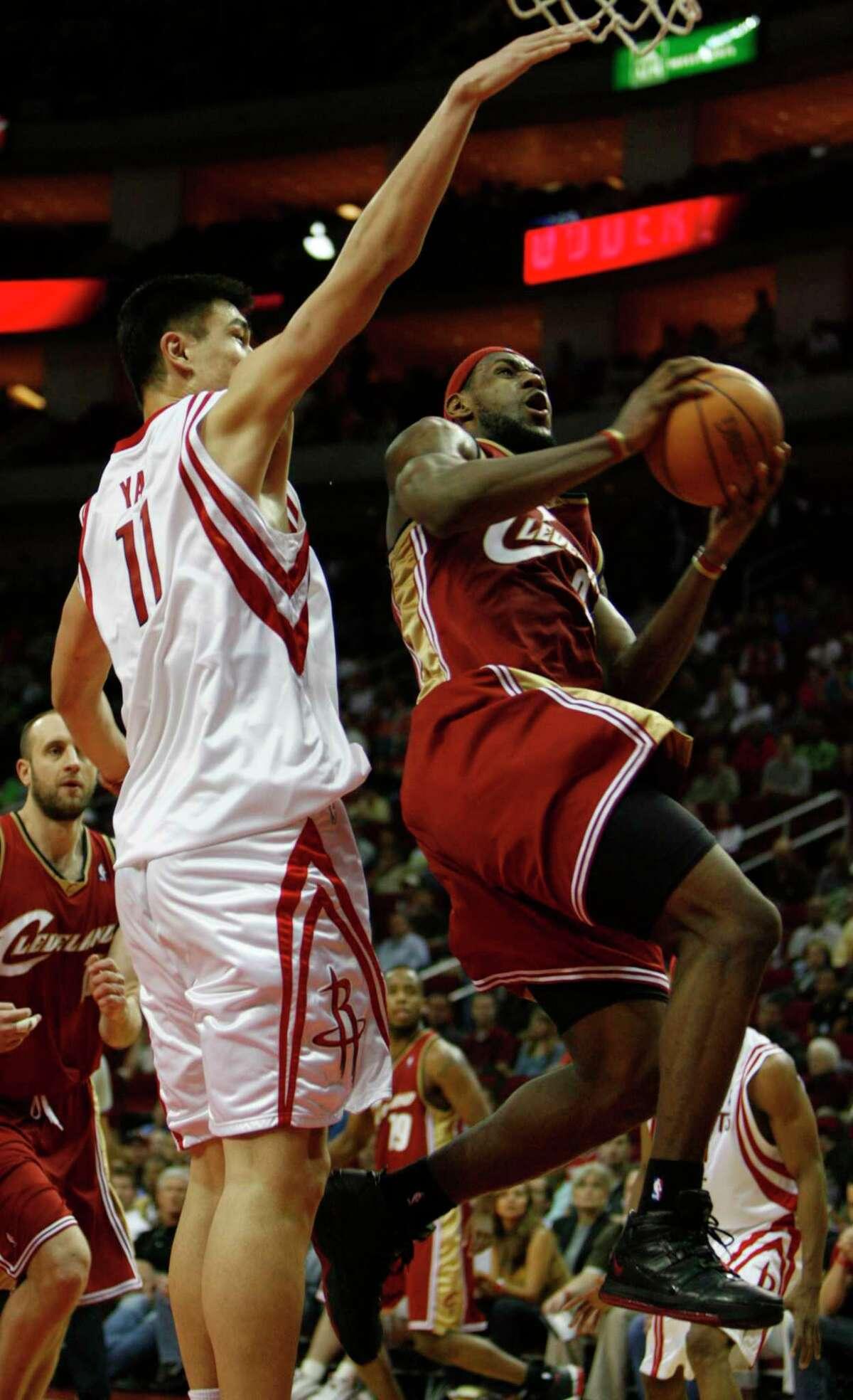 March 26, 2006: Rockets 104, Cavaliers 102 (OT) Points: 36 Rebounds: 6 Assists: 5