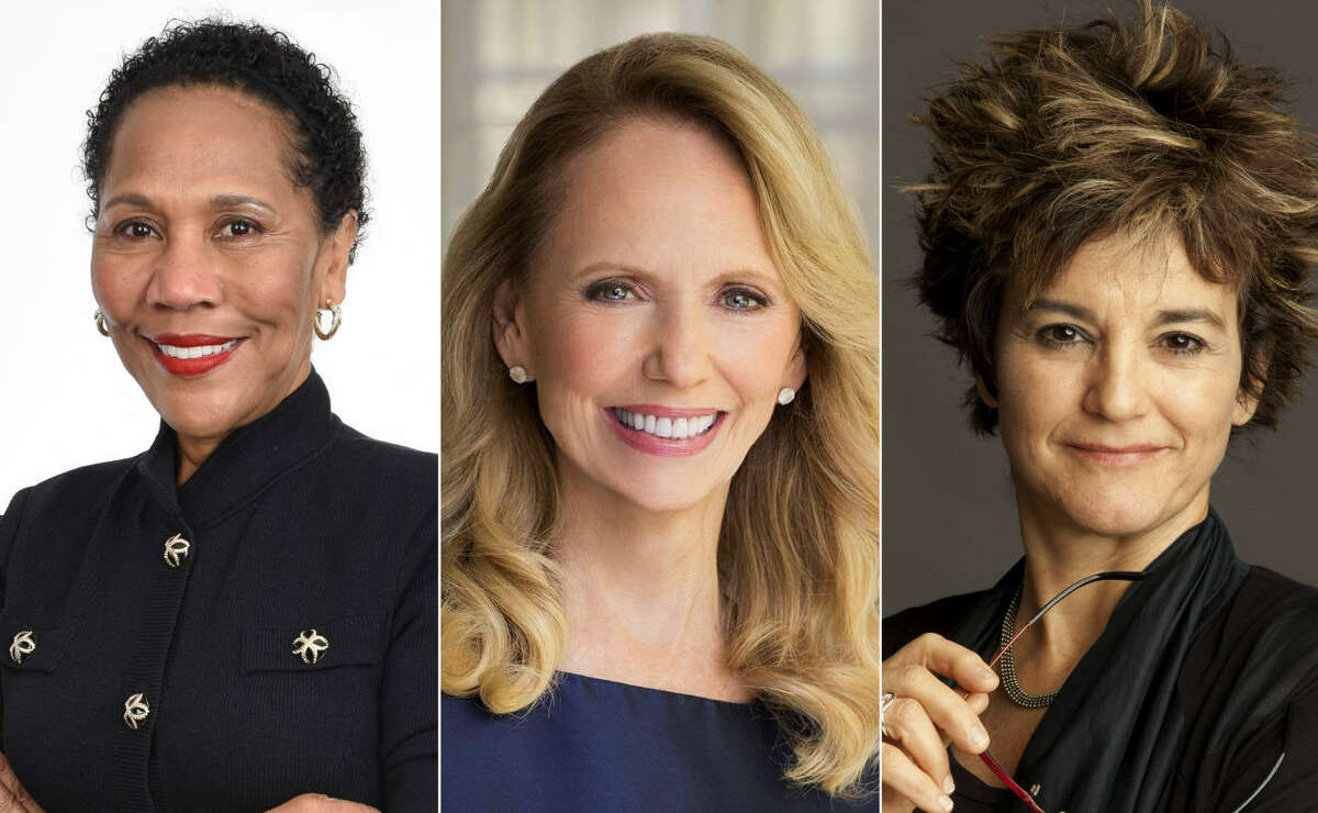 Women in Business to Watch in 2017 The Greater Houston Women's Chamber of Commerce compiled the list of businesswomen in Houston that are making a difference inside and outside of their positions to make the Bayou City a better, more diverse place.Continue clicking to see the list of Women in Business to Watch in 2017.