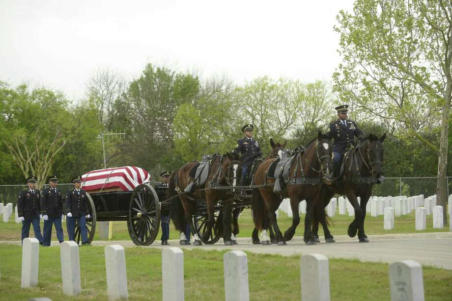 The caisson bearing the body of Col. Robert B. Tully makes its way through Fort Sam Houston National Cemetery on Tuesday, March, 7, 2017. Col. Tully, who died on February 16, served in Vietnam during the Battle of Ia Drang, the first major battle for U.S. ground forces in that war. Photo: Billy Calzada, Staff / San Antonio Express-News / San Antonio Express-News