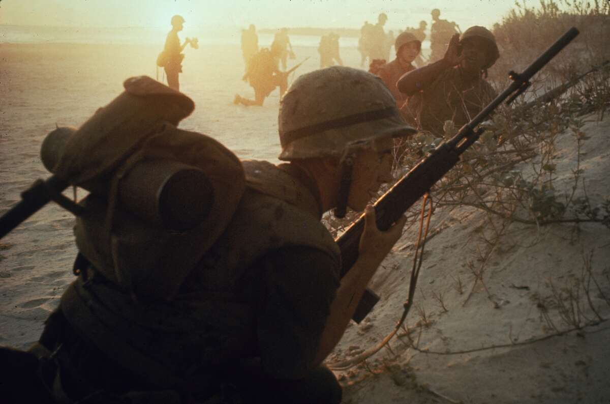 Jan. 1, 1965 : American soldiers of 7th Marines landing on the beaches of Cape Batangan during the Vietnam War.