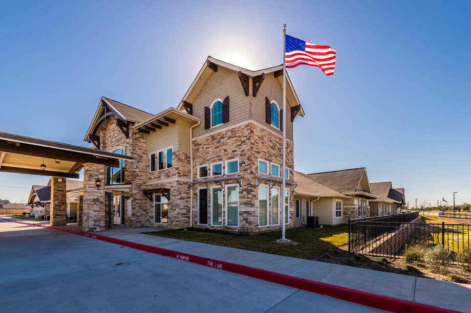 Dallas-based Caddis Partners has opened the Heartis Clear Lake senior living facility at 14520 Texas 3 in Webster. The facility has 54 assisted living, 24 memory care, and 78 independent living apartments and is managed by Frontier Management. Photo: Caddis Partners / Mel Garrett