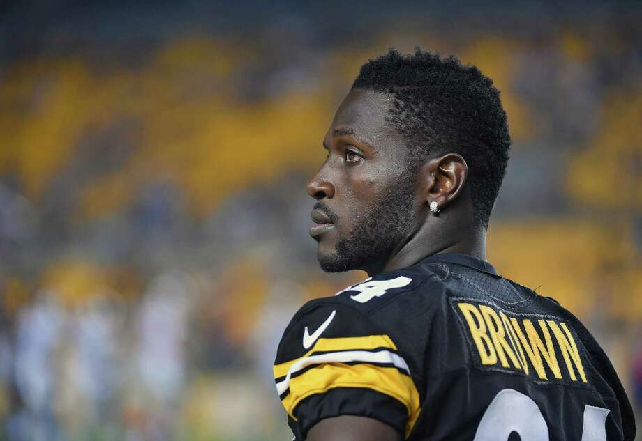 PITTSBURGH, PA - AUGUST 12: Wide receiver Antonio Brown #84 of the Pittsburgh Steelers looks on from the sideline during a National Football League preseason game against the Detroit Lions at Heinz Field on August 12, 2016 in Pittsburgh, Pennsylvania. The Lions defeated the Steelers 30-17. (Photo by George Gojkovich/Getty Images) Photo: George Gojkovich, Contributor / 2016 George Gojkovich