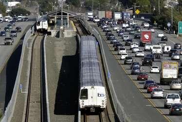 6-car crash on westbound 80 causes major traffic backup