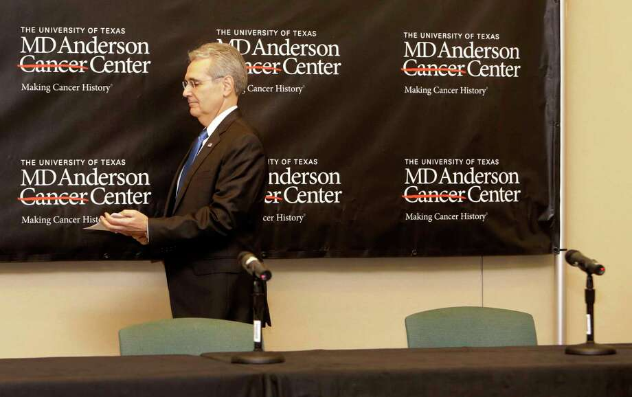 Dr. Ronald DePinho, president of The University of Texas MD Anderson Cancer Center, is shown leaving a news conference at the MD Anderson South Campus Research II Building, 7435 Fannin, about a reduction in the institution's workforce Thursday, Jan. 5, 2017, in Houston. Photo: Melissa Phillip, Houston Chronicle / © 2016 Houston Chronicle
