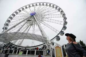 La Grande XL ferris wheel on the carnival midway at the Houston Livestock Show and Rodeo, at NRG Park, Wednesday, March 8, 2017, in Houston.  ( Karen Warren / Houston Chronicle )