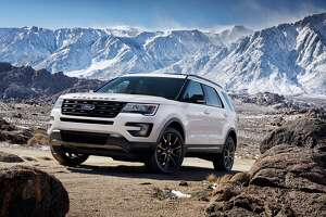 The 2017 Ford Explorer XLT Sport Appearance Package comes equipped with standard XLT features including a 3.5-liter V6 engine, Intelligent Access with push-button start and SYNCé'Â 3. Preproduction model shown; available summer 2016.