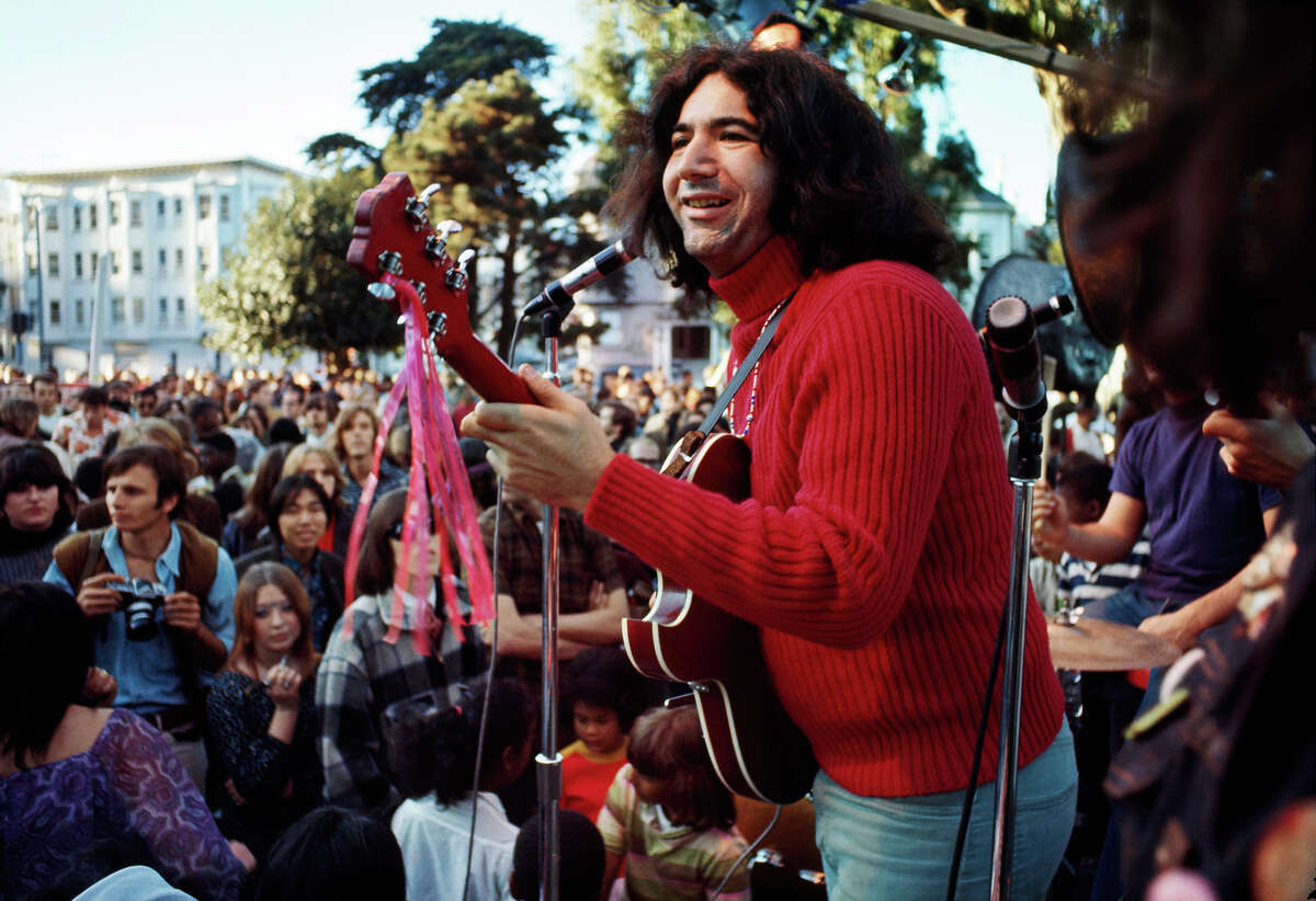 Jerry Garcia and the Grateful Dead play in the Panhandle in 1967