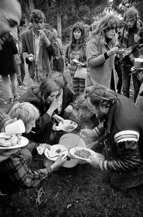 Diggers giving out food in Golden Gate Park. Photo: © Jim Marshall Photography LLC