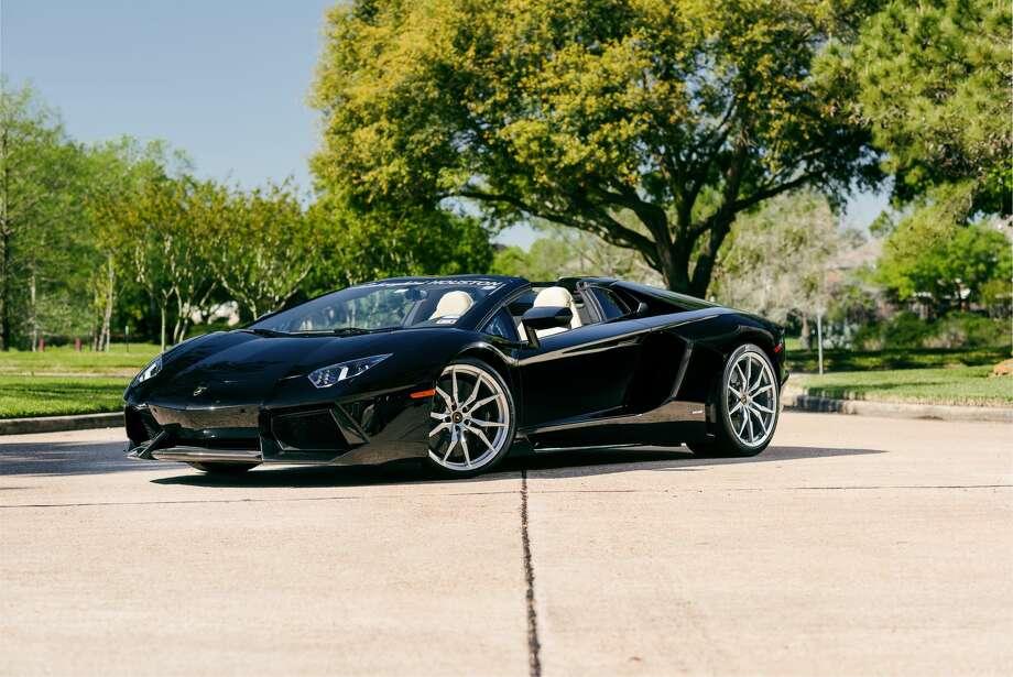 2015 Lamborghini Aventador Photo: Mecum Auctions