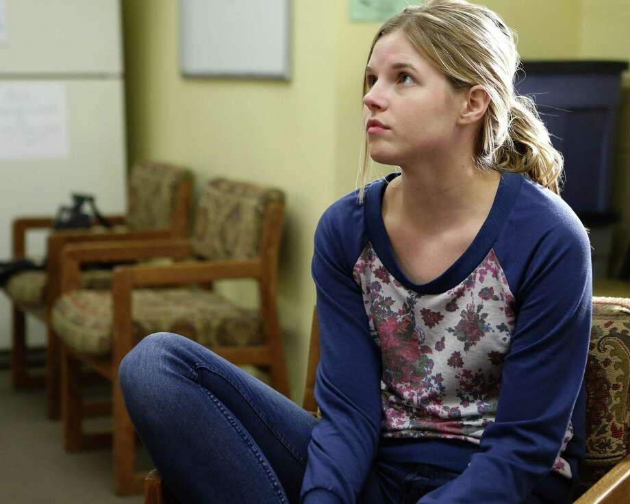 "ABC's ""American Crime"" stars Ana Mulvoy-Ten as Shae, a teenage runaway-turned-prostitute who's at the mercy of her pimp. Photo: ABC / © 2016 American Broadcasting Companies, Inc. All rights reserved."