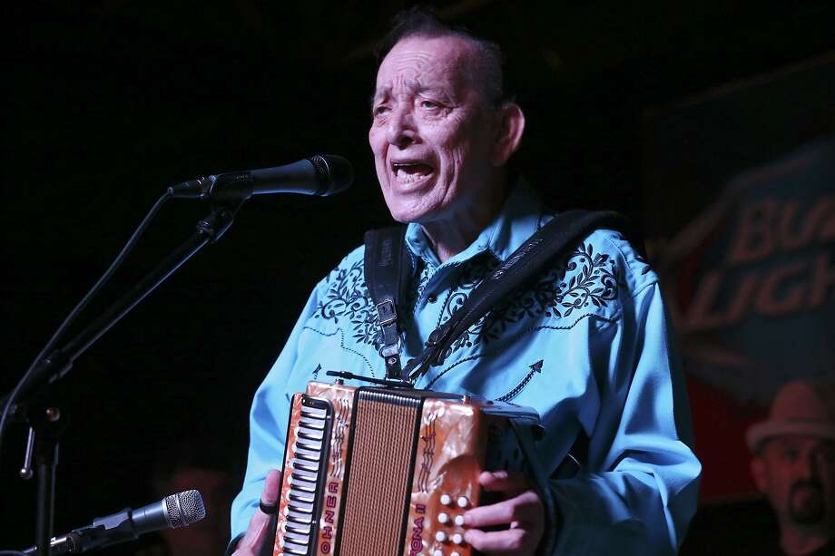 Legendary accordionist Flaco Jiménez, seen in 2017, will be among the musicians performing at San Antonio's New Year's Eve celebration. Photo: Edward A. Ornelas /San Antonio Express-News / © 2015 San Antonio Express-News