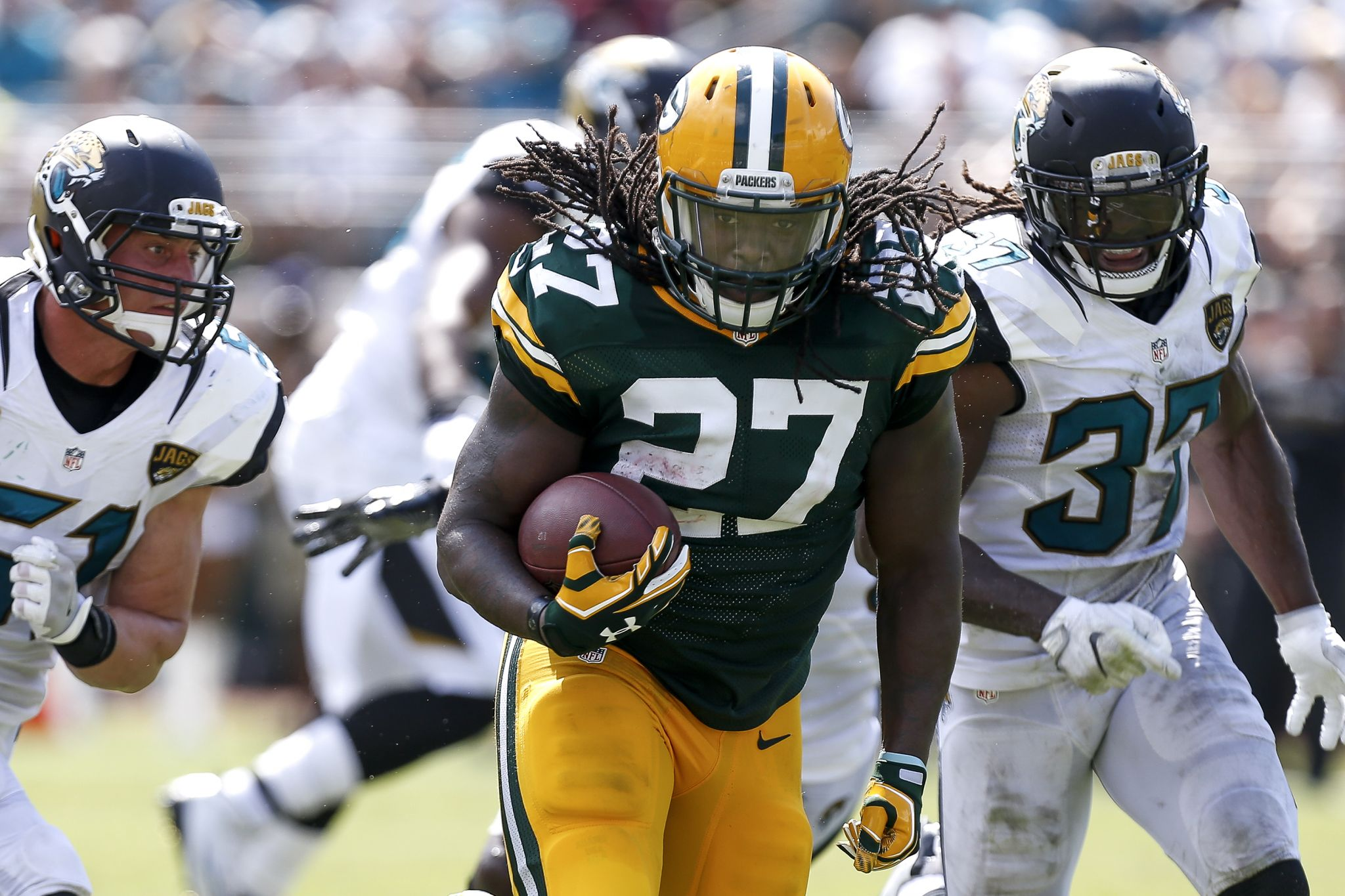 Seahawks sign former Pro Bowl RB Eddie Lacy