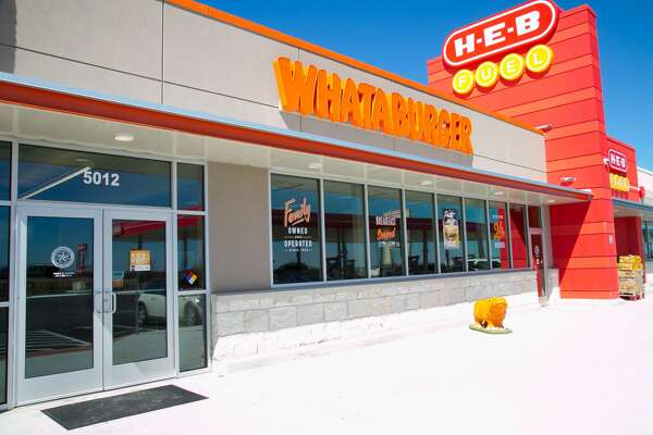 The little town of Hutto in Texas just got blessed by a Whataburger attached to an H-E-B convenience store and it's the most Texas thing you've seen today.
