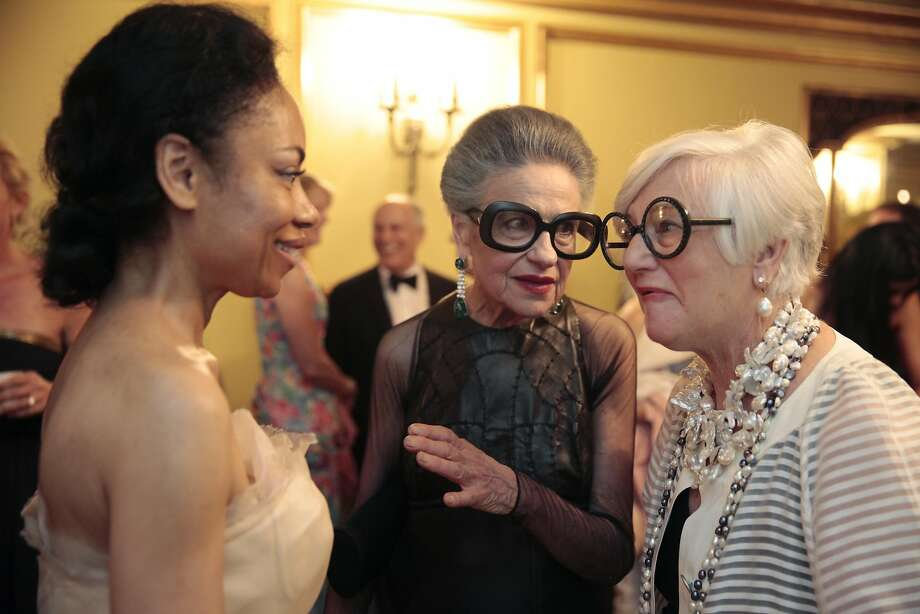 Tanya Powell (left), Joy Bianchi (center) and Suzanne Allen (right) talk during the San Francisco Season-Opening Opera Gala. Photo: Alex Washburn, Special To The Chronicle