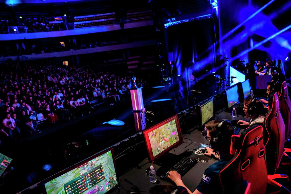 Players compete in the League of Legends French challenge's final on March 3 2017 at the Lyon Palais des Sports, Lyon, France. / AFP PHOTO / JEFF PACHOUD / TO GO WITH AFP STORY BY DANIEL ABELOUSJEFF PACHOUD/AFP/Getty Images